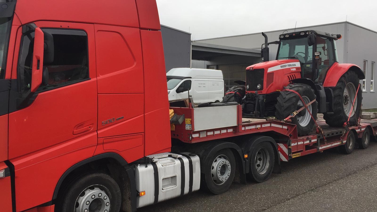 proyectos-morarte-logistics-transporte-mercancia-maquinaria-pesada-tractor