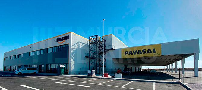 Imagen del centro logístico de Amazon en el aeropuerto de Corvera, entrada del blog de Morarte Logistics SL